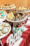 Ukraiński ślub i cukierki, ładny bufeta stół obraz stock