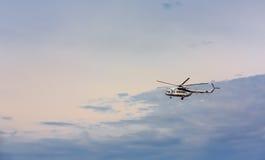 Ukraiński militarny helikopter Mi-8 Obrazy Royalty Free