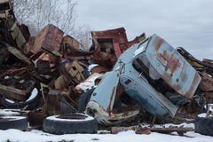Ukraina Chernobyl niedopuszczenia strefa - 2016 03 20 zaniechani promieniotwórczy pojazdy Zdjęcie Stock