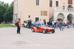 UKRAINA, KAMYANETS-PODILSKY - CZERWIEC 06, 2009 Retro Samochodowy festiwal w Kamyanets-Podilsky, Ukraina Obrazy Stock