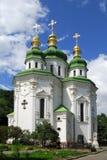 Ukraina Kiev kyrka Vydubitsky Royaltyfria Bilder