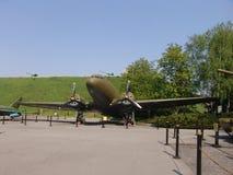 Ukraina kiev Pamiątkowy kompleks muzeum Wielka Patriotyczna wojna Militarny wyposażenie Samolot Fotografia Stock