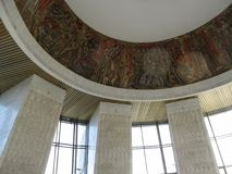 Ukraina Kijów, Wrzesień, - 17, 2017: Grawerować - mozaika przedstawia wydarzenia Drugi wojna światowa na suficie sława H zdjęcie royalty free