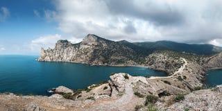 Ukraina Krymski półwysep, skalisty wybrzeże Czarny morze, Tsar zatoczka Zdjęcia Royalty Free