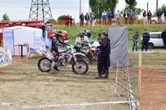 Ukraina, Melitopol 05 13 2018: Najpierw w Ukraina mistrzostwie na enduro krzyżu Zdjęcie Royalty Free