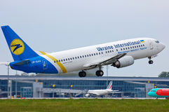 Ukraine International Airlines Boeing 737 Royalty Free Stock Photography