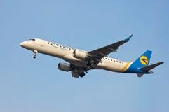 Ukraine International Airlines Embraer ERJ-190 Royalty Free Stock Images
