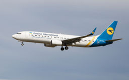 Ukraine International Boeing 737 Royalty Free Stock Photography