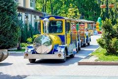 ukraine Khmelnytskyi Mei 2018 Pret voor kinderen in stadspark stock afbeelding