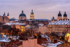 Ukraine, Lemberg - Dezember, 16, 2016: Abend Lemberg Ansicht des Cers lizenzfreies stockfoto