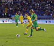 Ukraine-- Litauen-Nationalmannschaftfußbalabgleichung Stockfotos