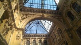 ukraine odessa Historische Architektur Hotel-Durchgangshotel und Inneneinkaufssäulengang Stockfotografie