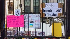 Ukrainian-Montrealers protest Royalty Free Stock Photos