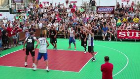 Ukrainian streetball league. KIEV, UKRAINE, AUGUST 24, 2012: F?nal Ukrainian streetball league on Khreschatyk street dedicated to celebrating Independence Day in stock video