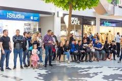 Ukrainien, Lviv - l'AMI 2017 : FORUM central de boutique Centre commercial d'Arese, le plus grand centre commercial dans l'Ukrain Images libres de droits