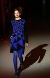 Ukrainische Mode-Woche: Sammlung durch Oleksiy ZALEVSKIY Lizenzfreie Stockfotos