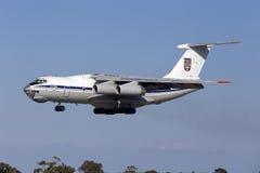 Ukrainsk landning Il-76 Arkivfoto