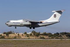 Ukrainsk landning Il-76 Royaltyfria Bilder