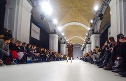 Ukrainsk modevecka AW 17-18 i Kyiv, Ukraina Royaltyfria Bilder