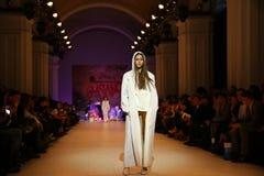 Ukrainsk modevecka AW 2017/18: samling vid GASANOVA Royaltyfri Fotografi