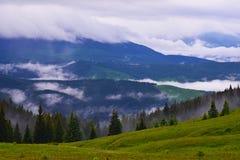 ukrainska berg Arkivbild