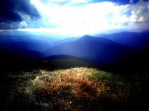 Ukrainska Carpathian berg Arkivbilder