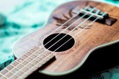 ukulele Geometrisk abstrakt bakgrund för design Royaltyfria Bilder