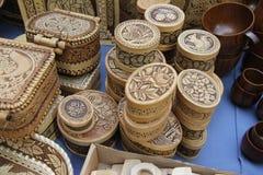 Ul?n Ud?, Buriatia, Rusia 04 22 2019 Exposici?n y venta del ruso y de los artes populares de los recuerdos de Buryat favorablemen imágenes de archivo libres de regalías