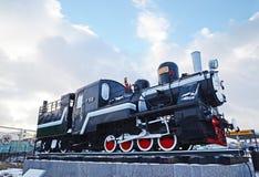 Ulaanbaatar Mongoliet-December, 02 2015: Serie T-159 för ångalokomotiv Museum av järnväg utrustning i Ulaanbaatar Mongoliet Royaltyfri Foto
