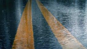 Ulewny Deszcz Uderza drogę zdjęcie wideo