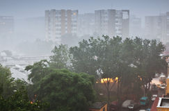 Ulewny deszcz w mieście Obraz Royalty Free