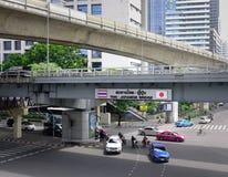 Ulica przy śródmieściem w Bangkok, Tajlandia Fotografia Royalty Free
