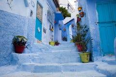 Ulica w błękitnym mieście Zdjęcie Royalty Free
