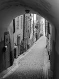 Ulica w Gamla Stan Sztokholm w czarny i biały Fotografia Stock