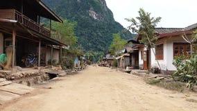Ulica w Muang Ngoy wiosce zbiory wideo