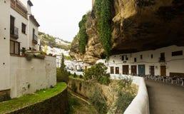 Ulica w Setenil De Las Bodegas, Hiszpania Zdjęcie Royalty Free