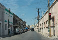 Ulica z domami i sklepami w w centrum Merida, Mexico obraz royalty free
