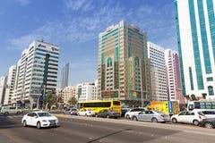 Ulicy Abu Dhabi, stolica Zjednoczone Emiraty Arabskie Fotografia Stock
