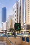 Ulicy Abu Dhabi, stolica Zjednoczone Emiraty Arabskie. Obrazy Stock