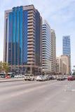 Ulicy Abu Dhabi, stolica Zjednoczone Emiraty Arabskie. Zdjęcia Royalty Free
