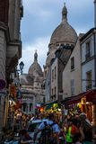 Ulicy Montmarte blisko Sacre-Coeur Zdjęcie Royalty Free