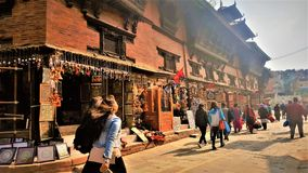 Ulicy Nepal, jeden świetny dzień zdjęcie stock