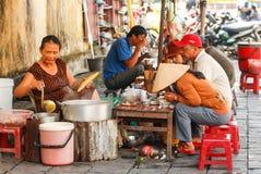 Uliczna karmowa kawiarnia w Hoi, Wietnam Zdjęcia Royalty Free