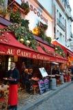 Uliczna kawiarnia w Paryż Obrazy Royalty Free