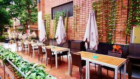 Uliczna restauracyjna kawiarnia zdjęcie stock
