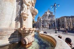 Uliczna scena Catania, Sicily, Włoska wyspa Obrazy Royalty Free