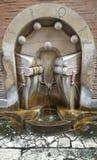 Uliczna wodna fontanna w Rzym zdjęcie royalty free