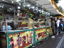 Uliczne jedzenie fury w Rzym, W?ochy obrazy royalty free