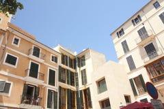 Uliczni i starzy budynki w historycznym centrum miasta Palma Mallorca, Hiszpania 30 06 2017 Zdjęcie Stock