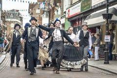 Uliczni wykonawcy przy Dickens festiwalem zdjęcie royalty free